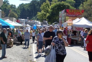 Boones-Mill-Apple-Festival-vendors